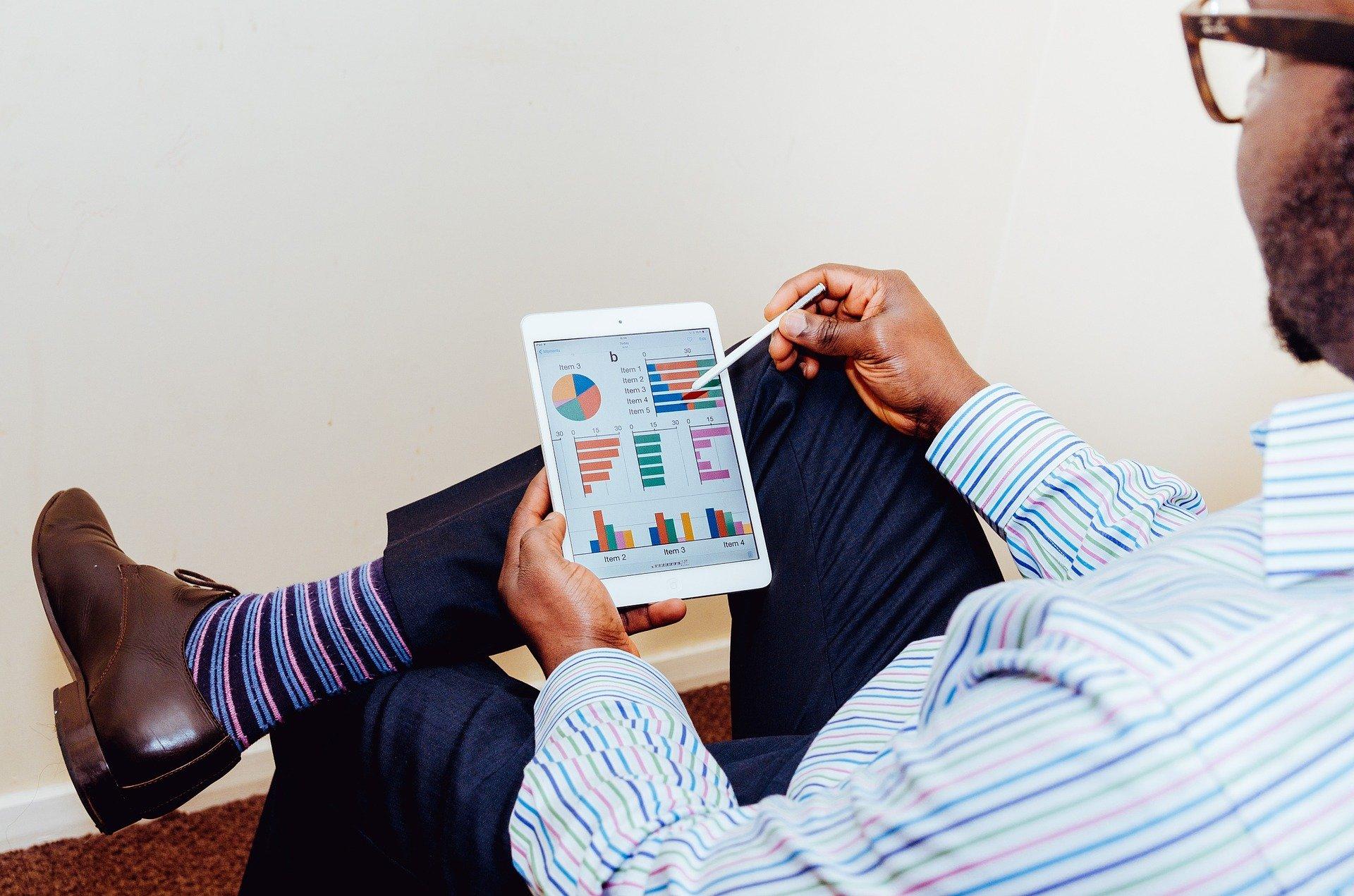 Salário no ramo de serviços de TI cresce acima da média da economia, em dez anos