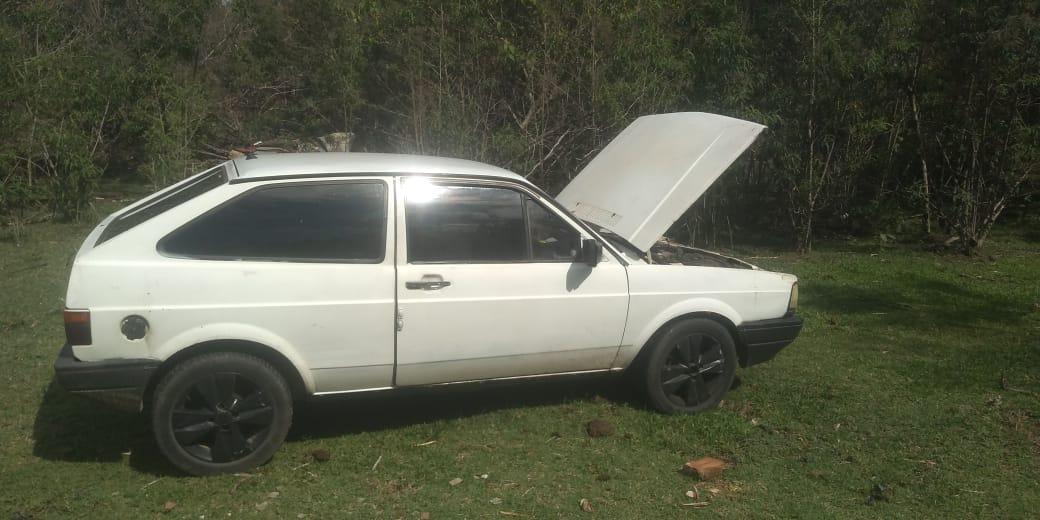 Veículo furtado no Bela Vista é encontrado pela PM de Águas de Lindoia