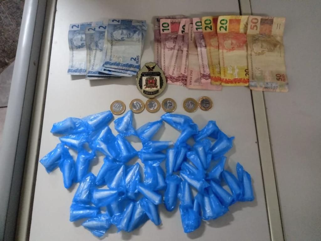 Guarda Civil Municipal detém tráfico de drogas na rodoviária do São Dimas