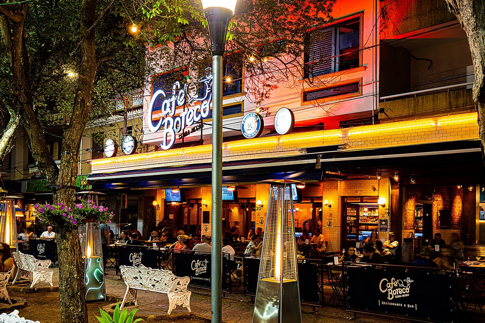 Domingo é de opções saborosas no Café Boteco, em Serra Negra