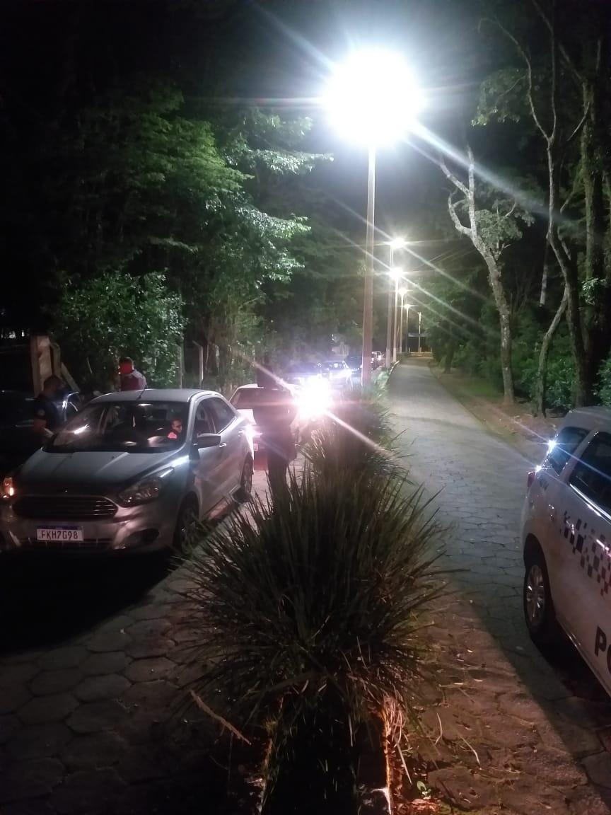 Autoridades políciais dispersam