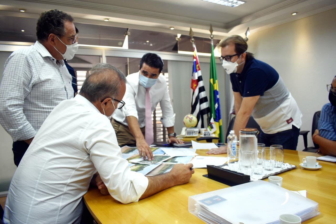 Amparo contará com 250 novas de emprego na região do Distrito Industrial