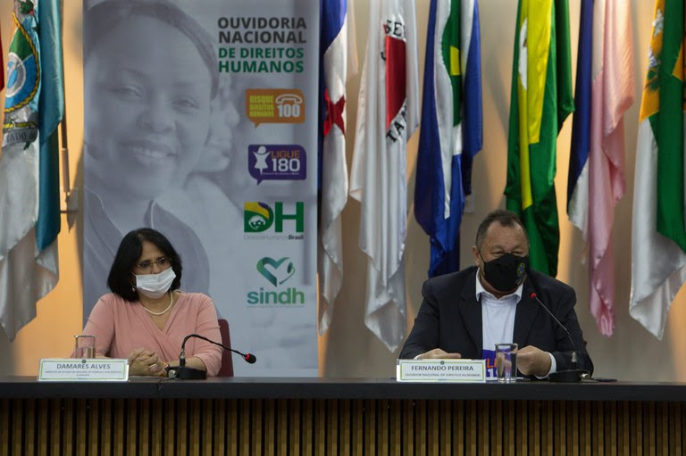 Canais registram mais de 105 mil denúncias de violência contra mulher em 2020
