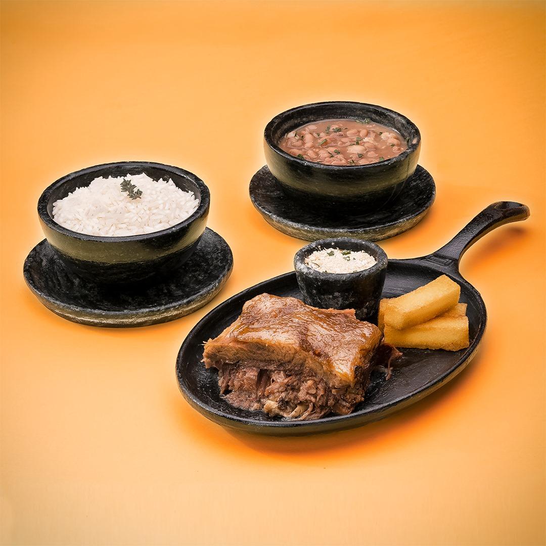 Costela braseada é uma das mais saborosas opções do Café Boteco, para a terça-feira