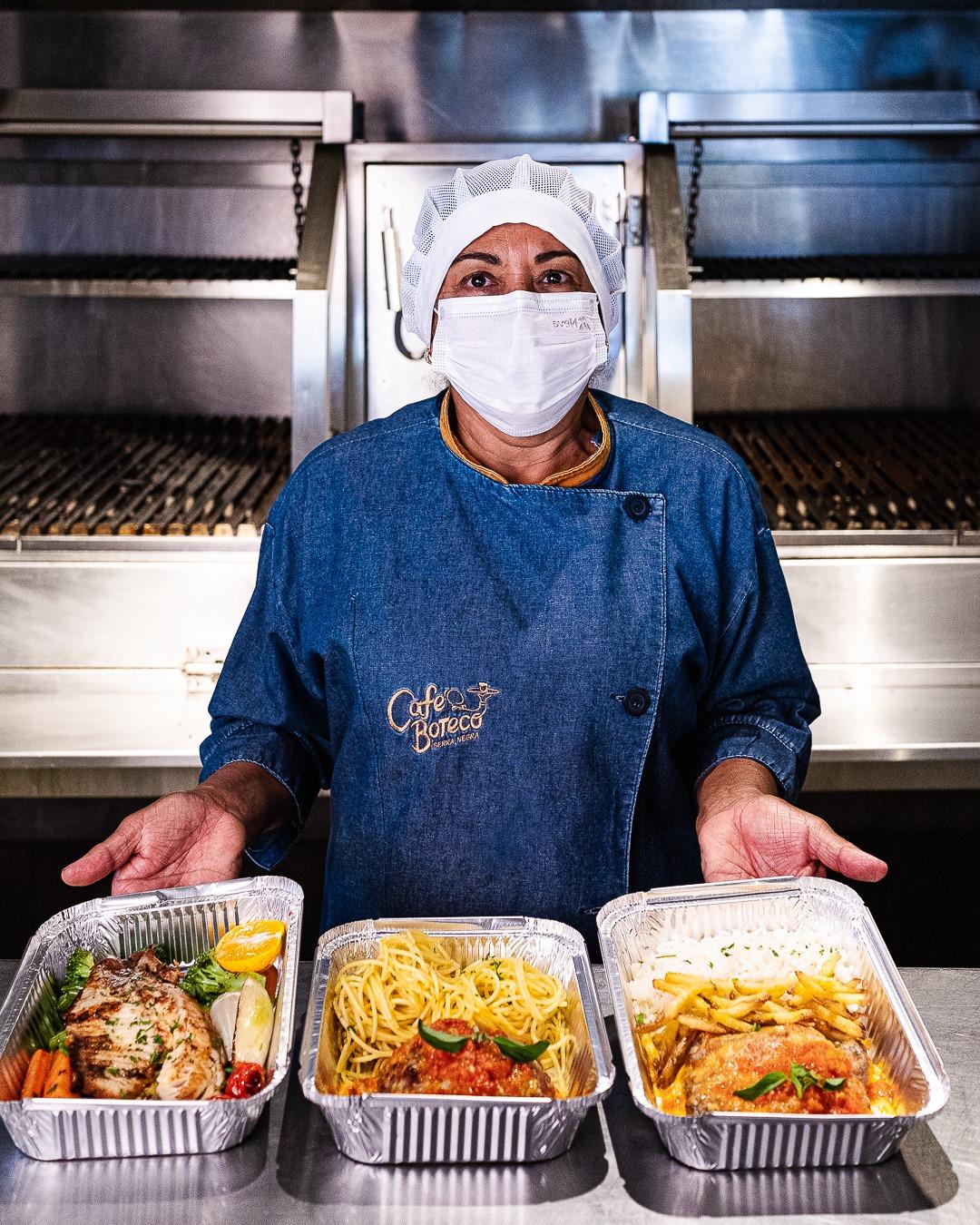 Polpetone com espaguete, parmegiana com fritas, peixe com legumes são opções do Café Boteco