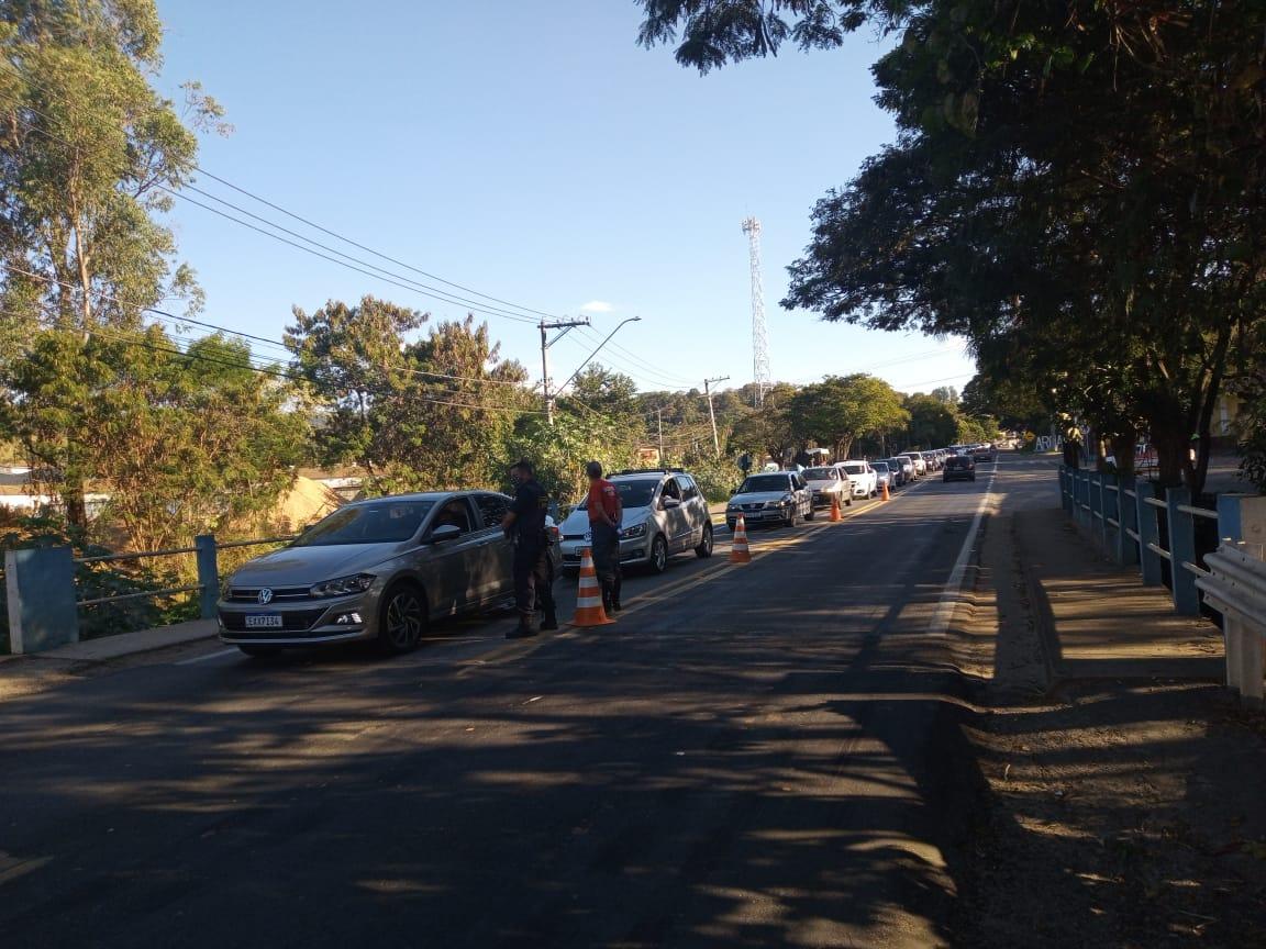 Mais de 3.300 veículos foram parados nas barreiras sanitárias durante o Lockdown