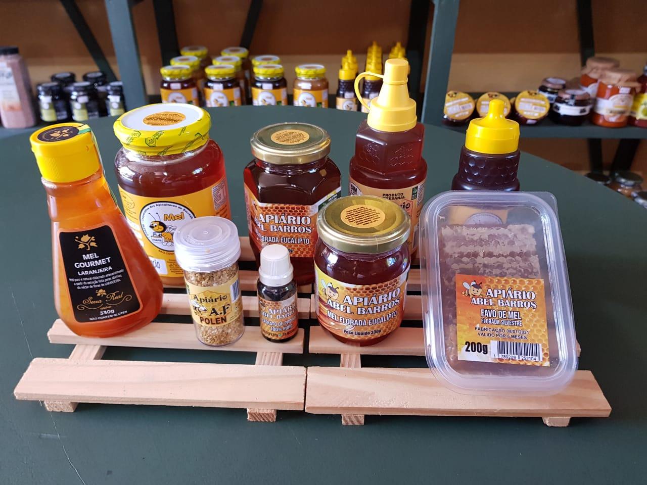 Empório Italiano Café tem opções em mel, própolis e pólen