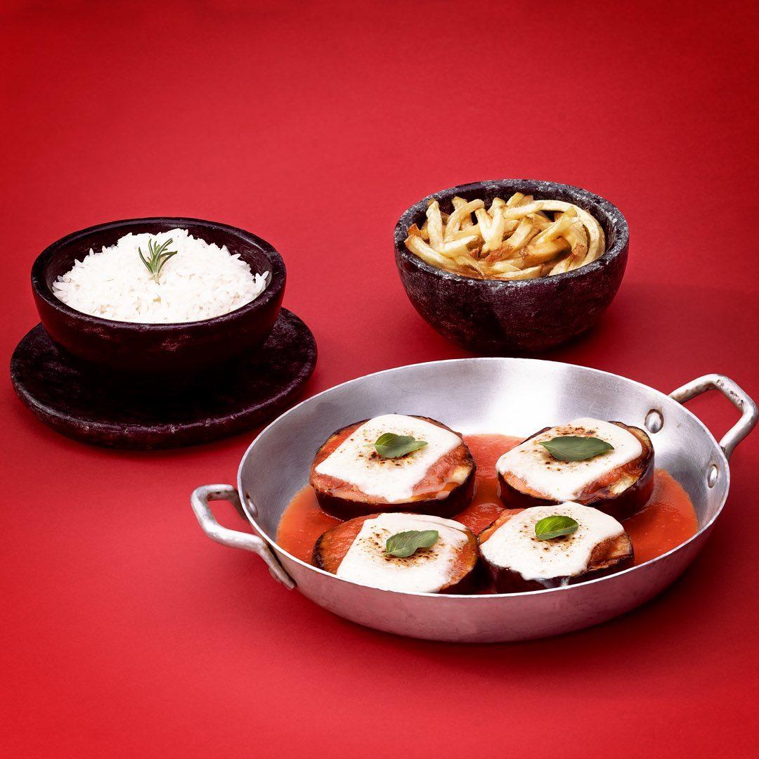 Segunda-feira de opções tradicionais e exclusivas no Café Boteco
