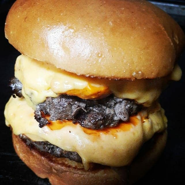 Sábado de lanches gourmets na Burger Mania