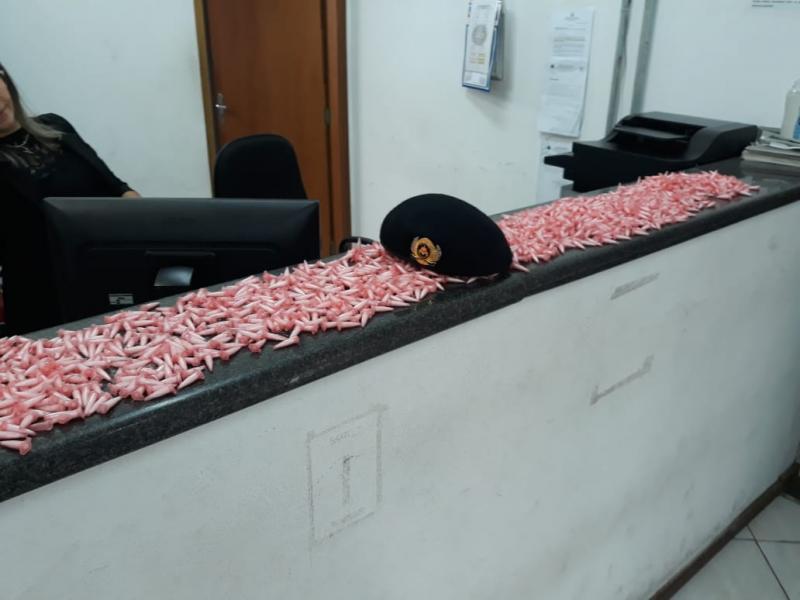 Homem é detido com mais de 1.800 pinos de cocaína em Pedreira