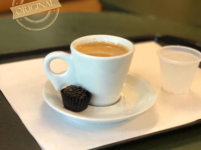 Para um café, ou para um bolo especial, o Delicias na Praça é seu espaço em Serra Negra