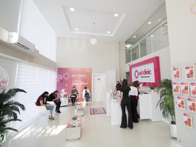 Empresa de estética cresce 523% entregando panfleto e com novas franquias