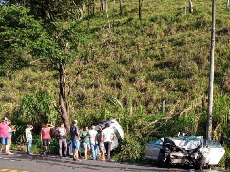 Três pessoas faleceram no acidente da tarde de ontem, em Lindoia