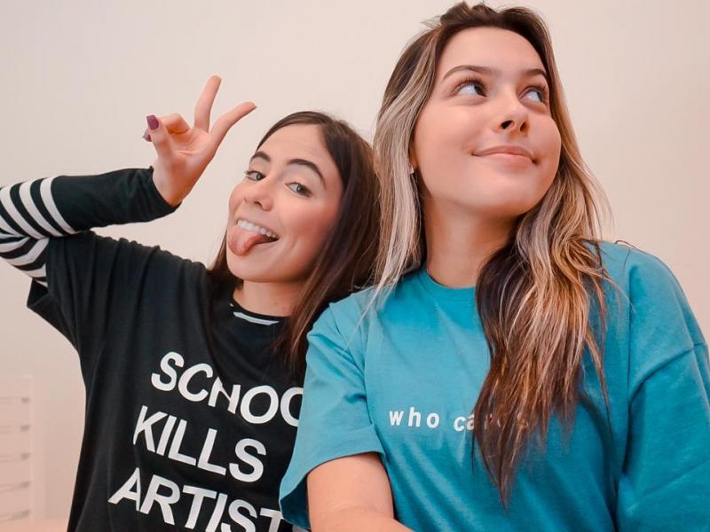 Juju Franco e Nina Baiocchi protagonizam websérie exibida pelo Tiktok