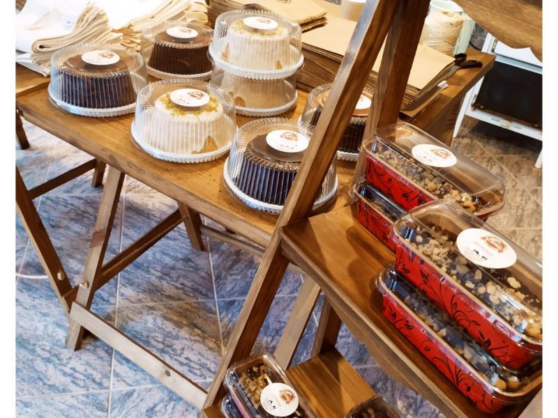Quarta-feira de toscano, 100% integral e bolos artesanais na Pane Di Marchi
