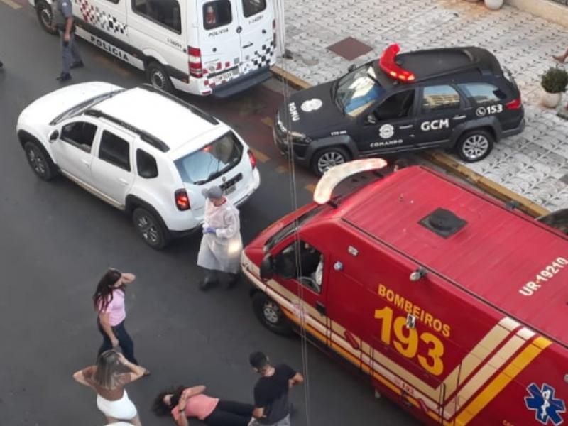 Mulher é atropelada no Centro de Serra Negra